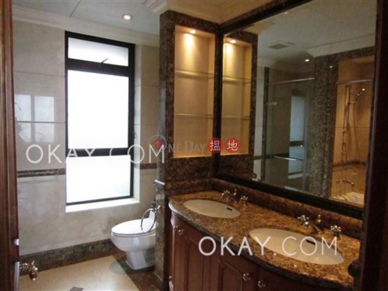 3房2廁,極高層,星級會所,連車位《譽皇居出租單位》-12地利根德里   中區-香港-出租HK$ 145,000/ 月