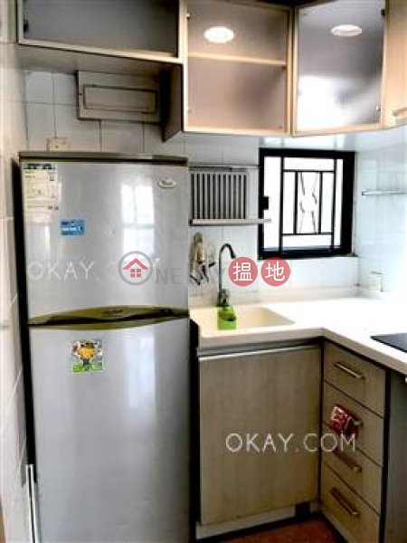 Tasteful 2 bedroom in Sheung Wan | For Sale | Caine Tower 景怡居 Sales Listings