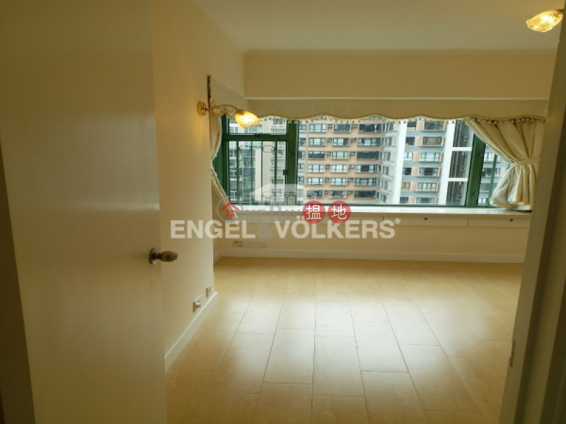 3 Bedroom Family Flat for Sale in Mid Levels West, 70 Robinson Road | Western District, Hong Kong Sales HK$ 34.8M