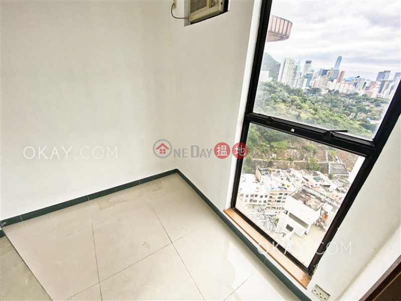 Stylish 3 bedroom on high floor with rooftop & balcony | For Sale | 17 Village Road | Wan Chai District | Hong Kong, Sales | HK$ 35M