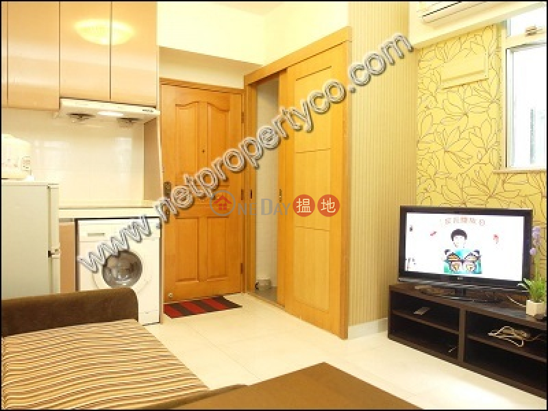 3-bedroom flat for rent with a rooftop in Wan Chai | Heung Hoi Mansion 香海大廈 Rental Listings