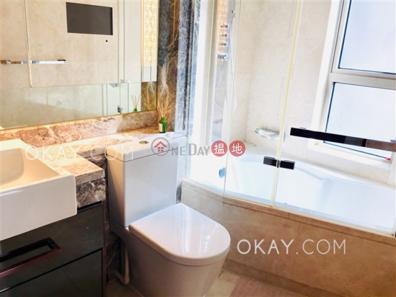 Luxurious 2 bedroom with balcony | Rental | The Avenue Tower 2 囍匯 2座 Rental Listings