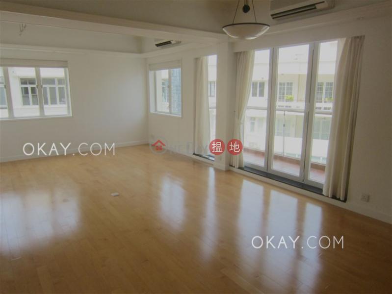 Popular 2 bedroom on high floor with rooftop & balcony   Rental   Kam Fai Mansion 錦輝大廈 Rental Listings