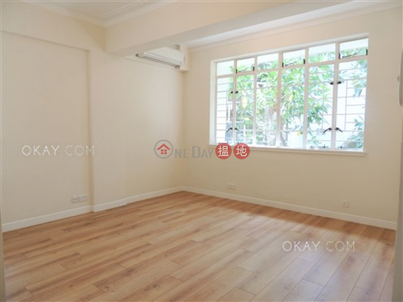 HK$ 70,000/ month, Country Apartments, Southern District Efficient 3 bedroom with balcony & parking | Rental