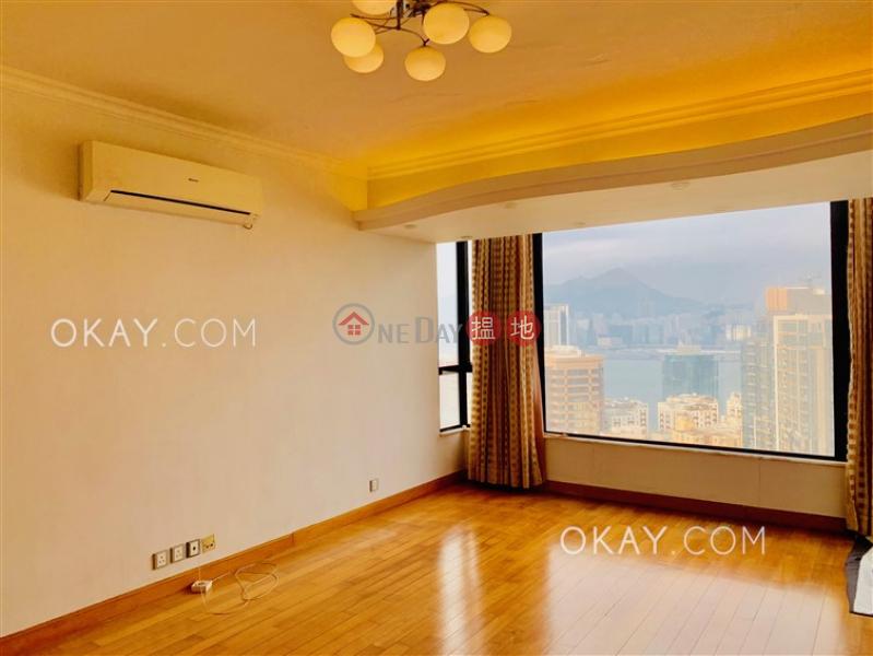 HK$ 2,900萬|天寶大廈 |東區|3房2廁,實用率高,海景,連租約發售《天寶大廈 出售單位》