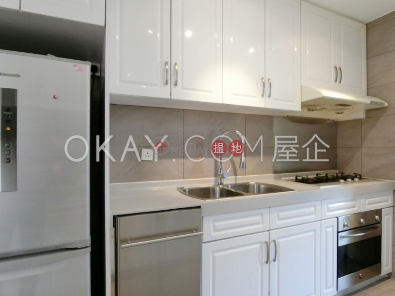 HK$ 79,000/ month, Block A-C Beach Pointe | Southern District, Unique 3 bedroom with parking | Rental