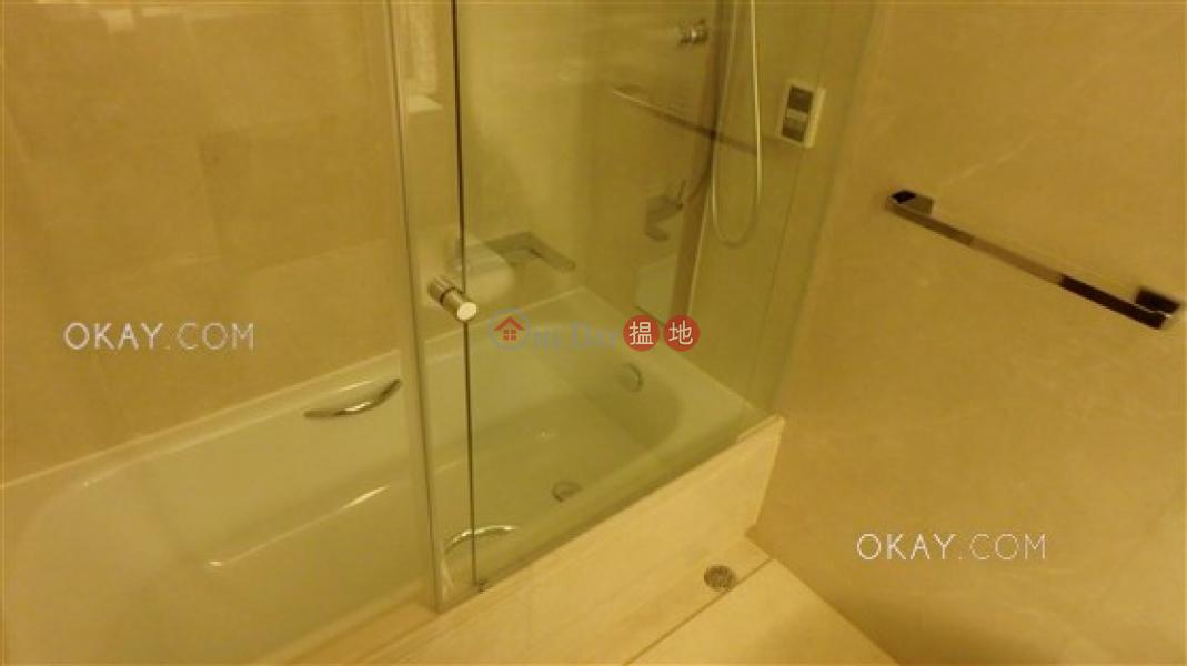 3房2廁,連車位,露台囍匯 2座出租單位200皇后大道東 | 灣仔區香港出租HK$ 63,000/ 月