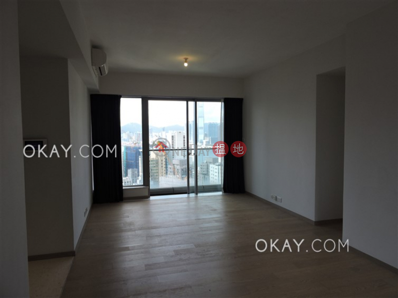Property Search Hong Kong | OneDay | Residential | Sales Listings, Luxurious 3 bedroom on high floor with balcony | For Sale
