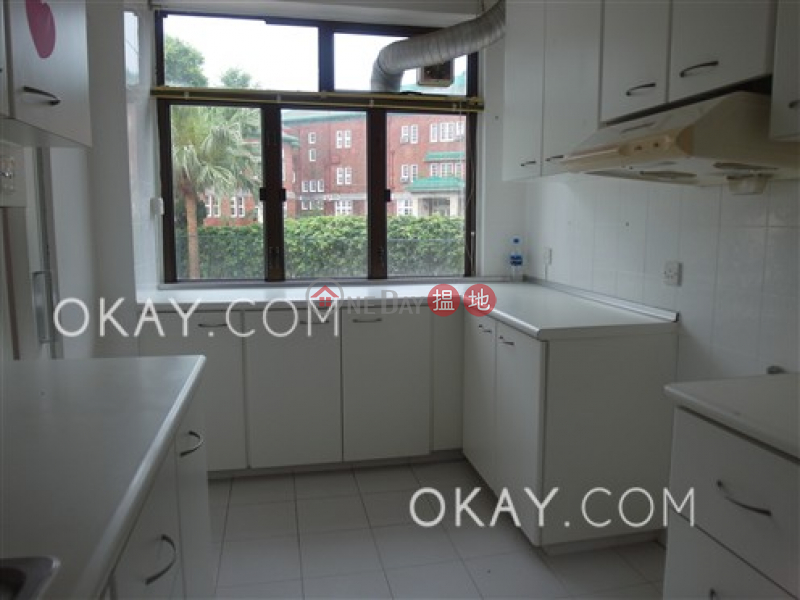 Efficient 4 bedroom with rooftop, balcony | Rental | House A1 Stanley Knoll 赤柱山莊A1座 Rental Listings