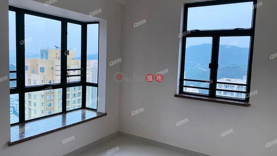 有匙即睇,即買即住,無敵景觀,地鐵上蓋東港城 3座買賣盤|8重華路 | 西貢香港|出售-HK$ 908萬