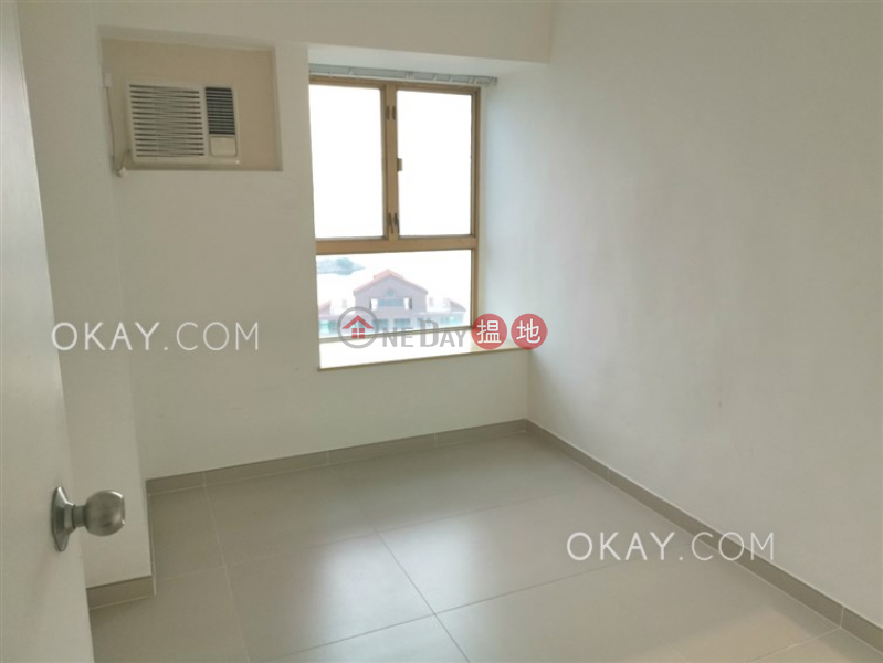 Unique 3 bedroom with balcony | Rental, Hong Kong Gold Coast Block 19 香港黃金海岸 19座 Rental Listings | Tuen Mun (OKAY-R261377)