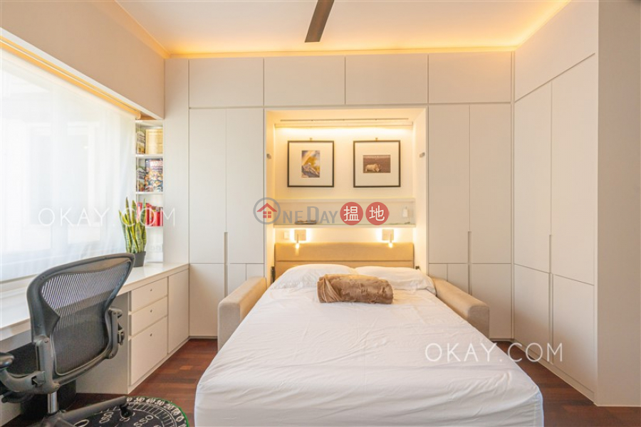 Efficient 3 bed on high floor with balcony & parking   For Sale 94 Pok Fu Lam Road   Western District Hong Kong   Sales HK$ 35M