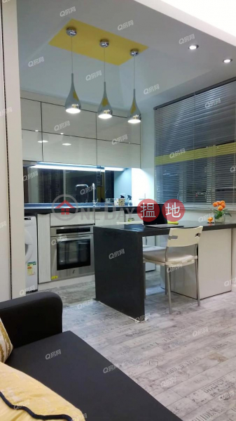 HK$ 5.18M, Han Cheong Building Yau Tsim Mong   Han Cheong Building   Mid Floor Flat for Sale