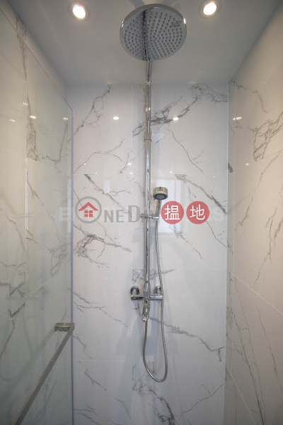 1 Bed Flat for Sale in Sheung Wan, 270-276 Queens Road Central | Western District | Hong Kong, Sales | HK$ 8.38M