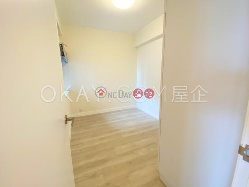 Stylish 2 bedroom on high floor   Rental, Panorama Gardens 景雅花園 Rental Listings   Western District (OKAY-R22894)
