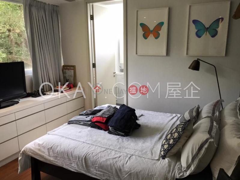 HK$ 72,000/ 月碧荔道18-24號-西區 2房2廁,極高層,連車位,頂層單位《碧荔道18-24號出租單位》