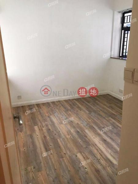 HK$ 33,000/ month, Scenecliff Western District | Scenecliff | 3 bedroom Mid Floor Flat for Rent