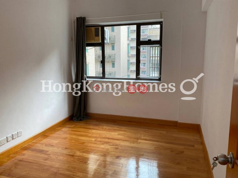 3 Bedroom Family Unit for Rent at Emerald Court | Emerald Court 翡翠樓 Rental Listings