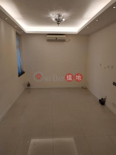 HK$ 31,000/ month | Royal Court, Wan Chai District, Flat for Rent in Royal Court, Wan Chai