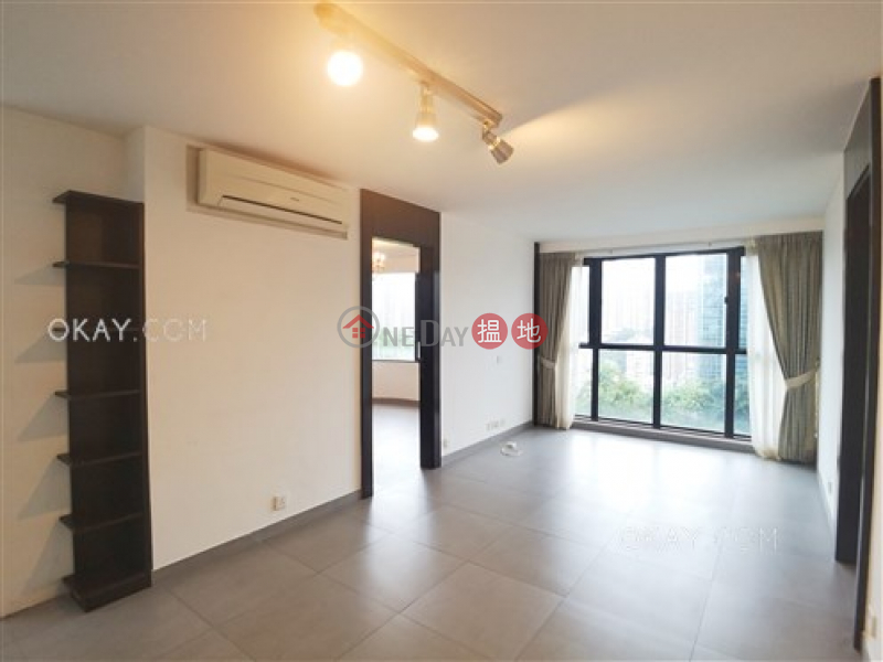 HK$ 35,000/ month | Greencliff | Wan Chai District | Unique 2 bedroom with parking | Rental