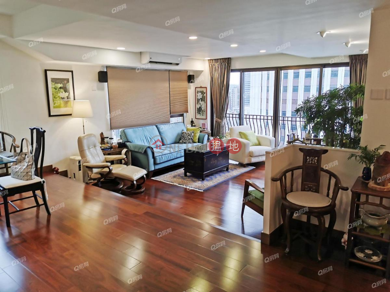 Property Search Hong Kong | OneDay | Residential, Sales Listings, Wing Wai Court | 3 bedroom High Floor Flat for Sale