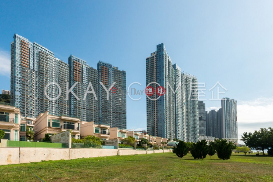 HK$ 60M   Phase 1 Residence Bel-Air, Southern District, Exquisite 4 bedroom with balcony & parking   For Sale