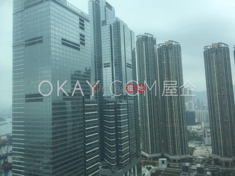 2房2廁,星級會所君臨天下3座出租單位 1柯士甸道西   油尖旺香港-出租HK$ 38,000/ 月