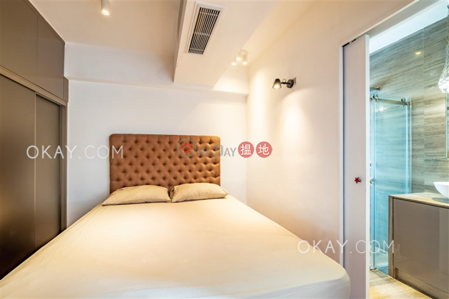 Tasteful penthouse with rooftop | Rental, Kam Lei Building 金莉大廈 Rental Listings | Western District (OKAY-R66053)