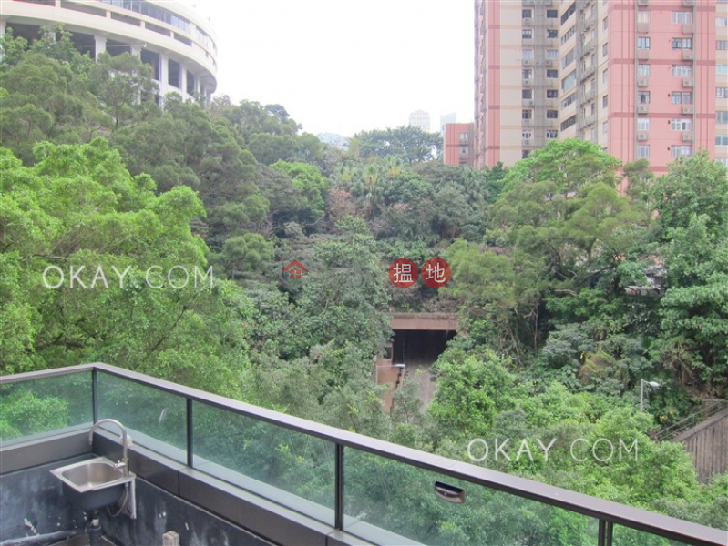 Popular 2 bedroom with balcony | For Sale | Jones Hive 雋琚 Sales Listings