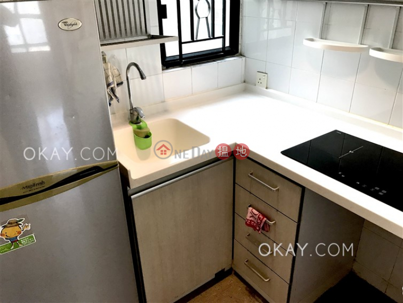 Property Search Hong Kong | OneDay | Residential, Rental Listings, Generous 2 bedroom in Sheung Wan | Rental
