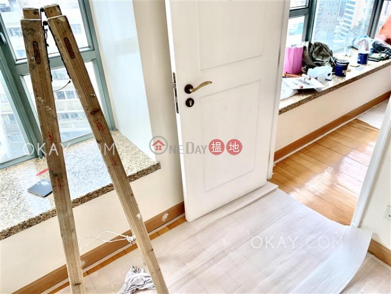 2房1廁,極高層,可養寵物《帝后華庭出租單位》 1皇后街   西區 香港出租 HK$ 21,800/ 月