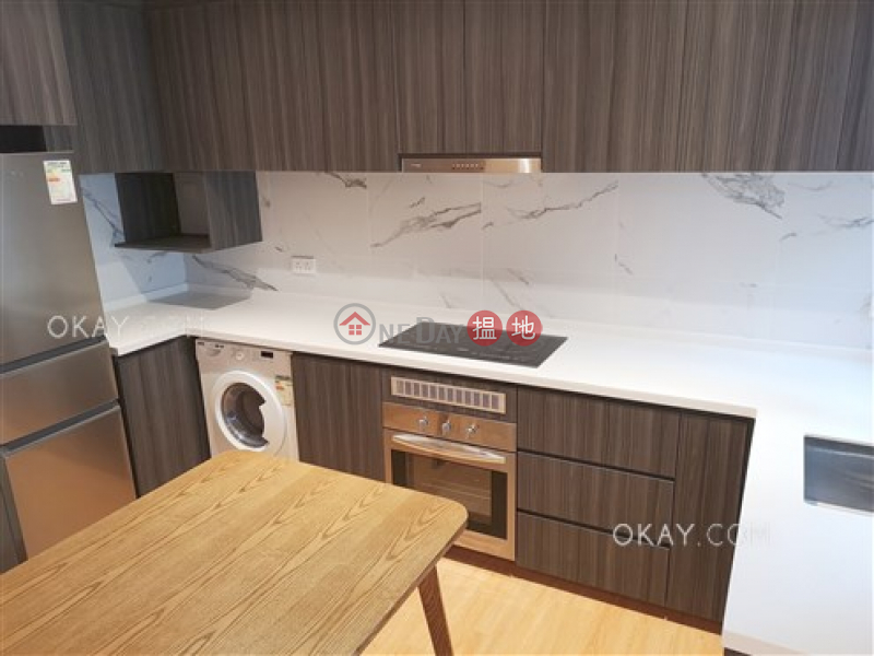 Wing Shun Building Middle Residential | Sales Listings | HK$ 11M