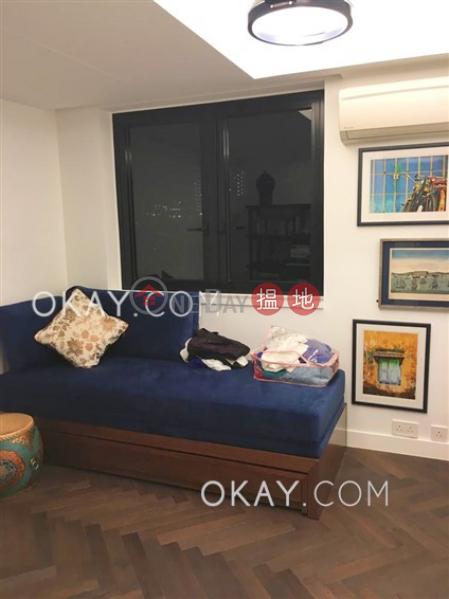 HK$ 40,000/ month, Block 19-24 Baguio Villa | Western District | Unique 2 bedroom with parking | Rental