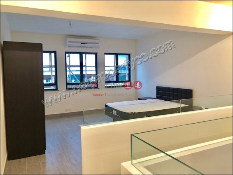 New Decorated and Duplex Unit for Rent, Ivory Court 華麗閣 Rental Listings | Central District (A053943)