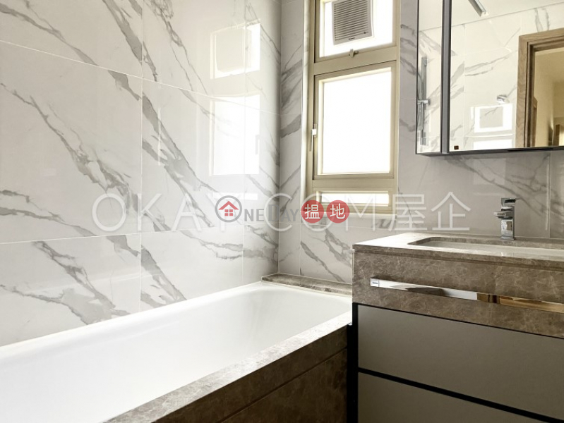 HK$ 93,000/ 月-勝宗大廈中區3房2廁,實用率高,極高層,露台勝宗大廈出租單位