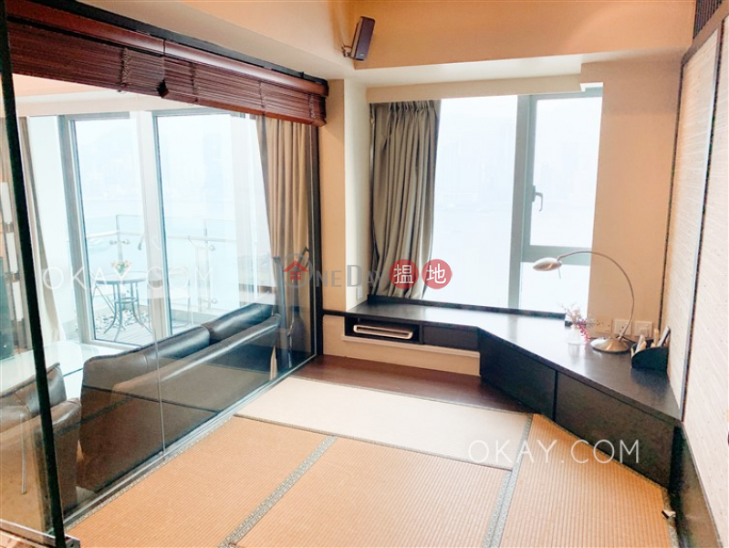 HK$ 60,000/ month, The Harbourside Tower 3 Yau Tsim Mong | Rare 3 bedroom with balcony | Rental