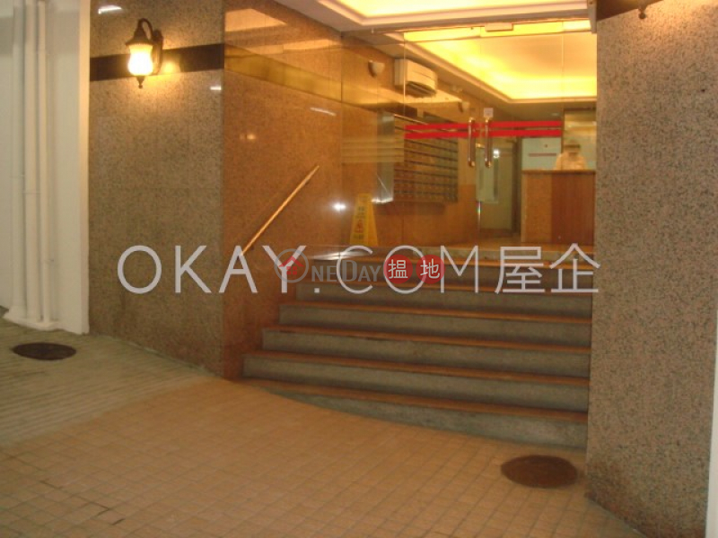 HK$ 31,000/ month   Jing Tai Garden Mansion, Western District Tasteful 1 bedroom on high floor with balcony   Rental