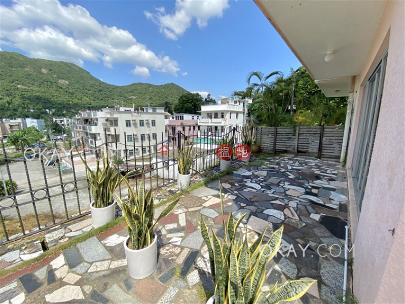 HK$ 39,000/ month   Chi Fai Path Village   Sai Kung Stylish house with rooftop, balcony   Rental