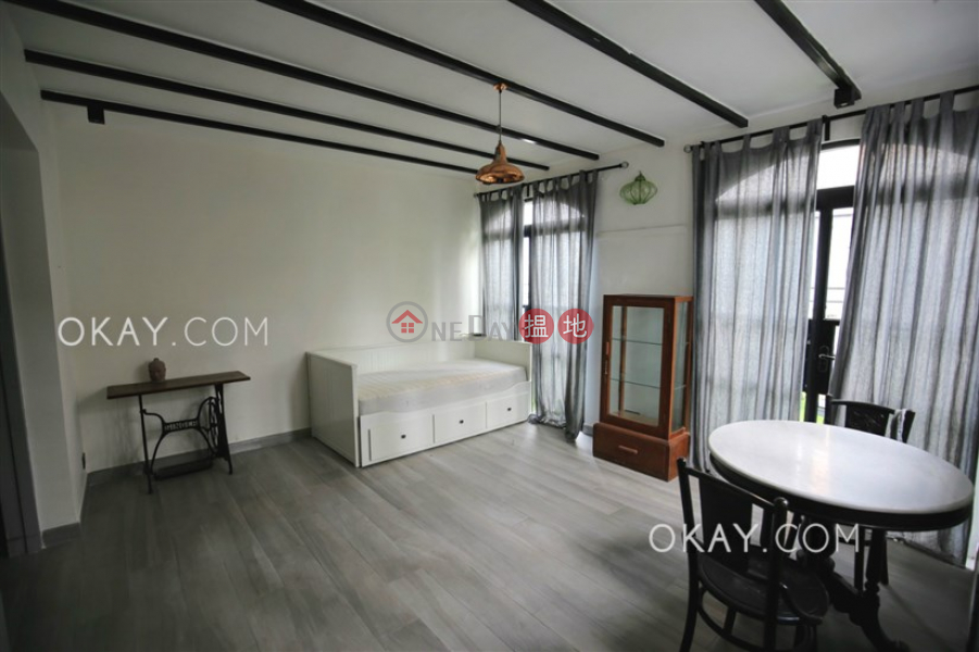 Efficient 4 bed on high floor with rooftop & parking | For Sale | Ventris Terrace 雲臺別墅 Sales Listings
