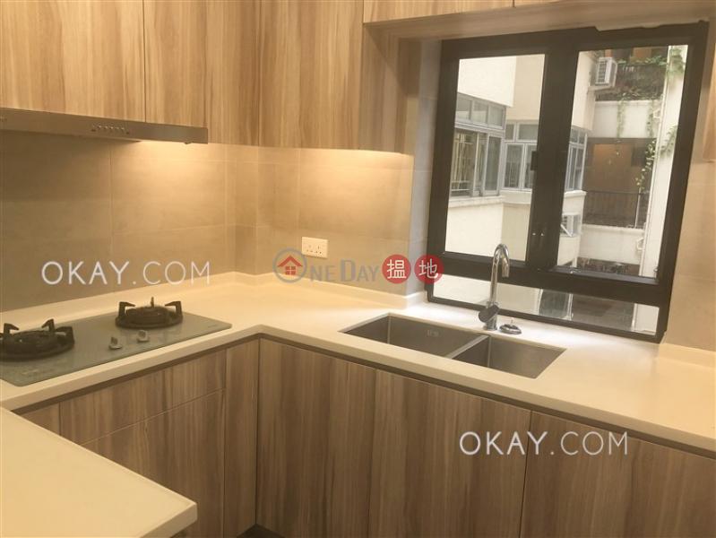 2房1廁,實用率高《威勝大廈出租單位》52羅便臣道 | 西區-香港出租HK$ 26,000/ 月