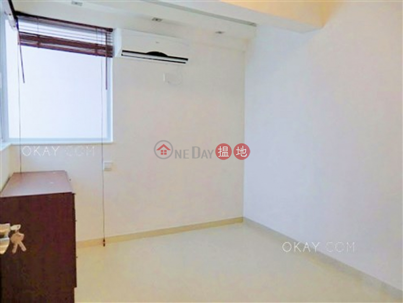 Rare 2 bedroom with terrace | For Sale 52 Bonham Road | Western District, Hong Kong, Sales HK$ 11M