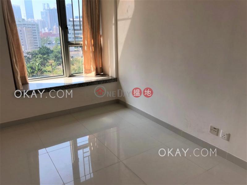 3房2廁,露台《君頤峰7座出租單位》18衛理道   油尖旺 香港-出租HK$ 36,000/ 月