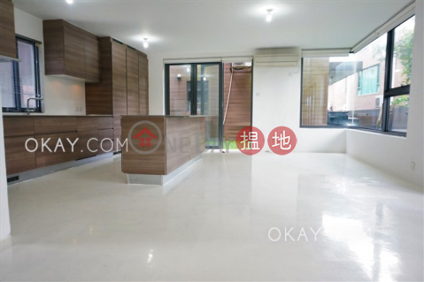 Luxurious house with rooftop, terrace & balcony | For Sale|48 Sheung Sze Wan Village(48 Sheung Sze Wan Village)Sales Listings (OKAY-S304902)_0