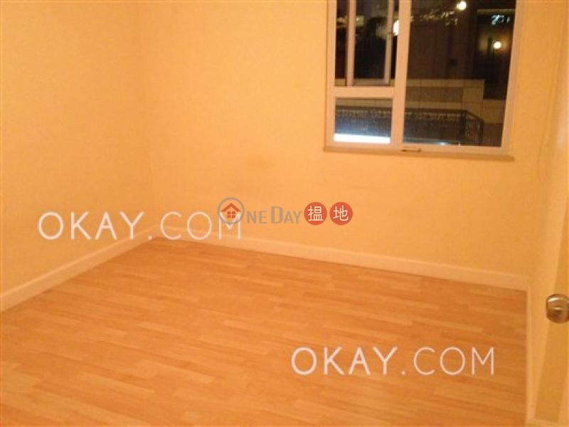 Elegant 3 bedroom in Mid-levels West | Rental | Wing Cheung Court 穎章大廈 Rental Listings