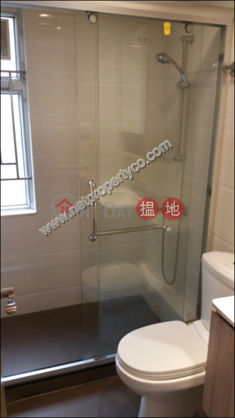 HK$ 22,000/ month | Luckifast Building | Wan Chai District 2-bedroom apartment for rent in Wan Chai