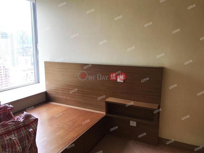 The Latitude | 2 bedroom Mid Floor Flat for Rent | The Latitude 譽‧港灣 Rental Listings