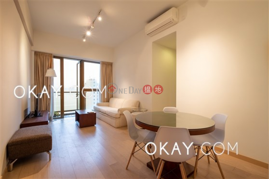 Elegant 3 bed on high floor with sea views & balcony | For Sale | SOHO 189 西浦 Sales Listings
