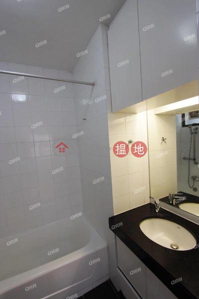 HK$ 48,000/ 月-薄扶林花園西區-實用三房,特大露台,連車位《薄扶林花園租盤》