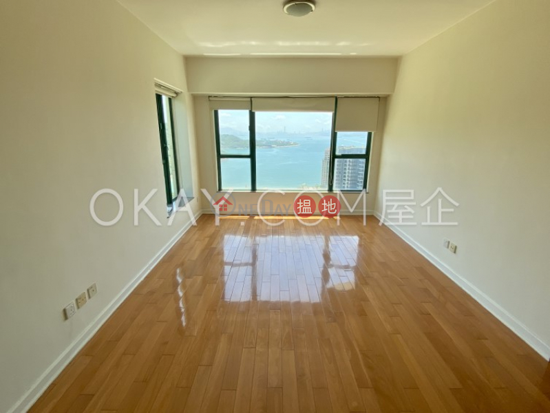HK$ 23M | Discovery Bay, Phase 13 Chianti, The Pavilion (Block 1) Lantau Island, Gorgeous 3 bed on high floor with sea views & balcony | For Sale