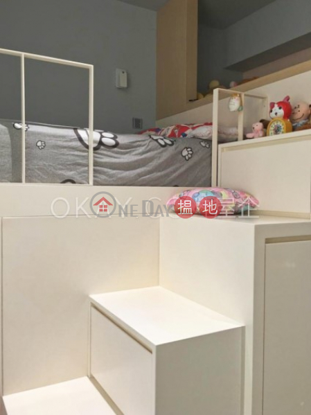Charming 2 bedroom on high floor | For Sale | Cascades Block 1 欣圖軒1座 Sales Listings